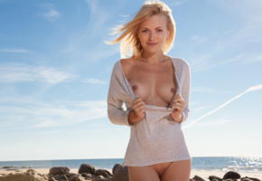 reana, beach girl, blonde, boobs, tits, hard nipples, smile, beach, sea, shaved pussy
