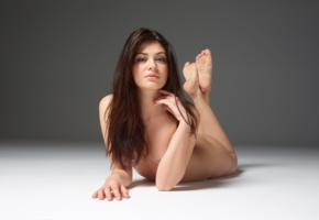 lidia, model, babe, brunette, sensual lips, italy, nude