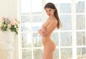 caramel, domai, long hair, cute, ass, nude, boobs, tits, smile, handbra