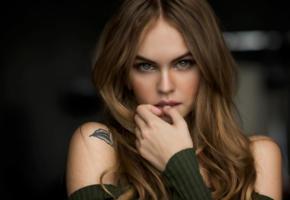 anastasia scheglova, model, beautiful, brunette, green eyes, russian, sensual lips, face, tattoo, 4k, uhd