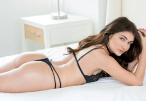 adria rae, model, pretty, babe, brunette, black panties, panties, black bra, bra, lingerie, bed, non nude, 4k, erotic