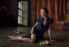 maria zhgenti, model, pretty, babe, blonde, blue eyes, russian, dress, non nude, 4k, uhd, book, georgy chernyadyev studio