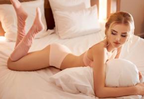 alla emelyanova, model, blonde, russian, pink socks, socks, pink bra, bra, panties, bed, 4k, lingerie