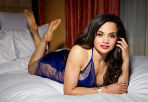 samantha sepulveda, latina, american, erotic model, nypd cop, curvalicious babe, posing, laying, lingerie, hot, red lips, smile, erotic, lingerie series