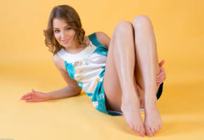 nikia a, pussy, sexy, hi-q, dress, model, all natural, brunette, smile, legs