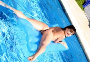 lorena b, lorena, lorena garcia, brunette, pool, naked, pussy, ass, smile, hi-q
