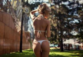 ekaterina zueva, model, pretty, babe, blonde, russian, back, white bikini, bikini, bum, ass, 4k, outdoors, depth of field