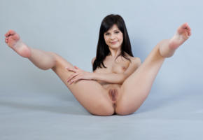 zelda b, zelda, arina b, naked, sexy, hi-q, shaved pussy, pussy, model, hot, smile, legs, brunette, all natural, gorgeous, beauty, sexy girl, boobs, tits, breast, feet, spreading legs, ass, hands, anus