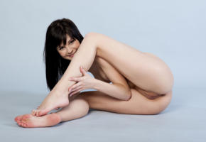 zelda b, zelda, arina b, naked, sexy, hi-q, shaved pussy, pussy, model, hot, smile, legs, brunette, all natural, gorgeous, beauty, sexy girl, boobs, tits, spreading legs, ass, hands, cute