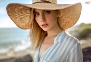 ksenia kokoreva, model, pretty, babe, blonde, sensual lips, russian, hat, 4k, depth of field