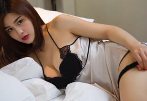 yan pan pan, asian, brunette, lingerie, bed, widescreen cut, boobs, sexy, red lips