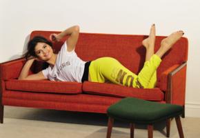 selena gomez, singer, actress, model, feet, sexy, bad quality, pants, smile, non nude
