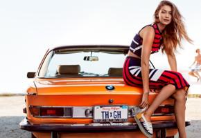 gigi hadid, top model, blonde, car, fashion, bmw, vintage car, cabrio, glamour, retro car, dress, girls and cars