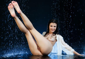 zelda b, zelda, arina b, naked, sexy, hi-q, shaved pussy, pussy, model, hot, brunette, legs, labia, water, wet, t-shirt, feet, smile, boobs, tits
