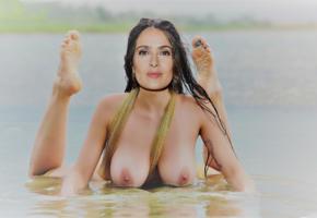 salma hayek, actress, fake, wet, boobs, big tits, hard nipples, feet, soles
