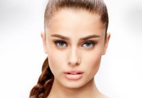 taylor marie hill, top model, face, brunette, green eyes, sensual lips, beautiful, portrait, pigtail