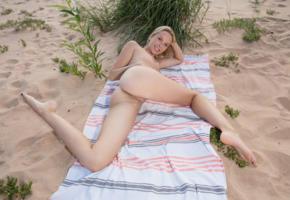 agatha, blonde, beach, naked, boobs, big tits, nipples, shaved pussy, labia, ass, spread legs, smile, ultra hi-q, towel