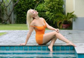 dress, tight, short, pool, legs, isabella d, ella c, isabelle sapphire, alina h, alla vetrodueva, eva green, wet, yellow dress, blonde, busty