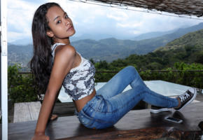 liloo, latina, teen, jeans, exotic, outdoors, tanned, brunette, non nude, shoes