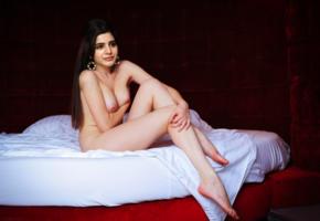 samantha, tollywood, telugu, fake, tits, boobs, nipples, brunette, bed, legs