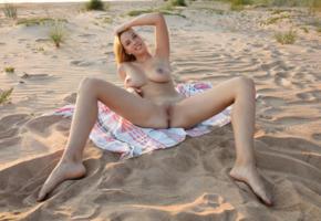 agatha, blonde, beach, naked, boobs, big tits, nipples, shaved pussy, labia, ass, anus, spread legs, smile, ultra hi-q, sand