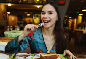 leona mia, brunette, teen, long hair, cute, non nude, restaurant, food, smile
