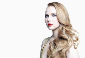 molly quinn, blonde, blue eyes, red lips