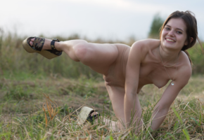 outdoor, naked, smiling, tits, shaved pussy, pola