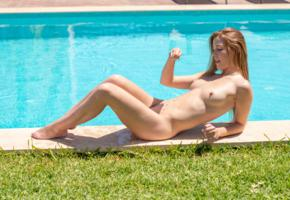 alexis crystal, carrie, redhead, pool, naked, boobs, tits, nipples, wet, hi-q