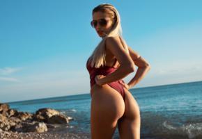 margot, model, sexy, ass, sexy ass, beach, blonde, monokini, sunglasses, tanned, sea, swimsuit