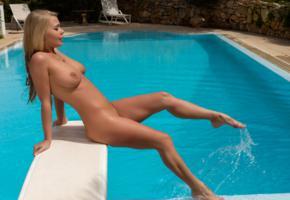 darina, blonde, tits, naked, trimmed pussy, wet, nipples, pool, darina nikitina, boobs, big tits