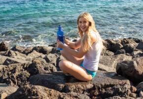 casey, lovely, blonde, sea, beach, outdoors, wet, smile, bottle, loira