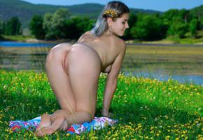 libby, doggy, nude, asshole, anus, pussy, feet, legs, blonde, ass, labia, shaved pussy, outdoor, grass
