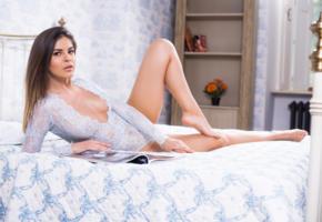 zelda b, zelda, arina b, tania r, hot, model, sexy, legs, brunette, hi-q, sweet, feet, bed, magazine