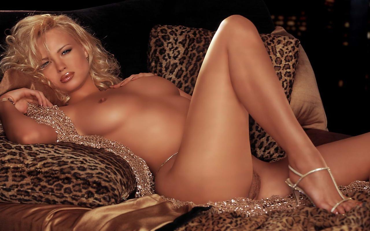 hot sexy nude monica belucci