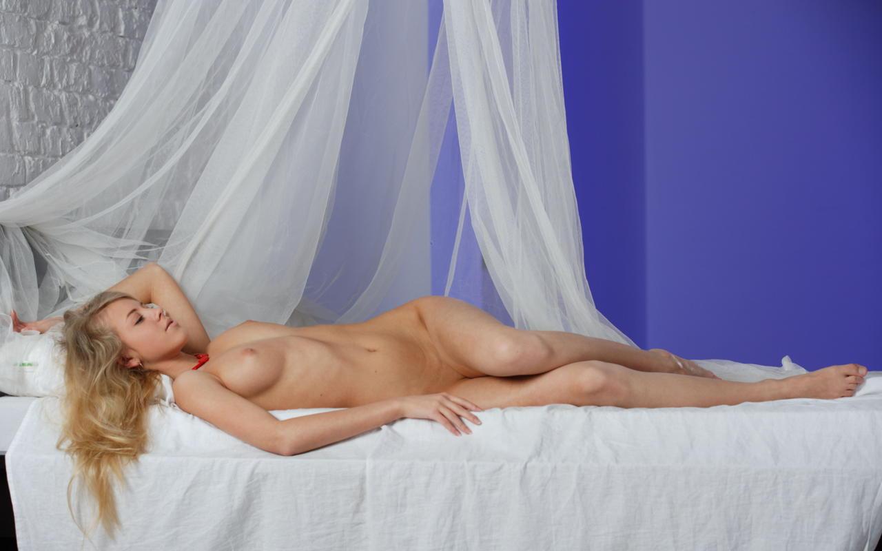 Download photo 1280x800, barbara d, blonde, sexy girl ...