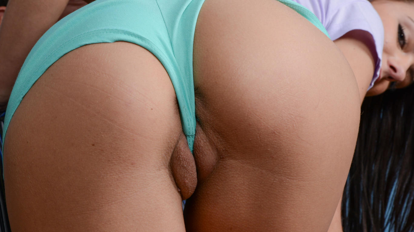 Adriana chechik is the master of squirt 1