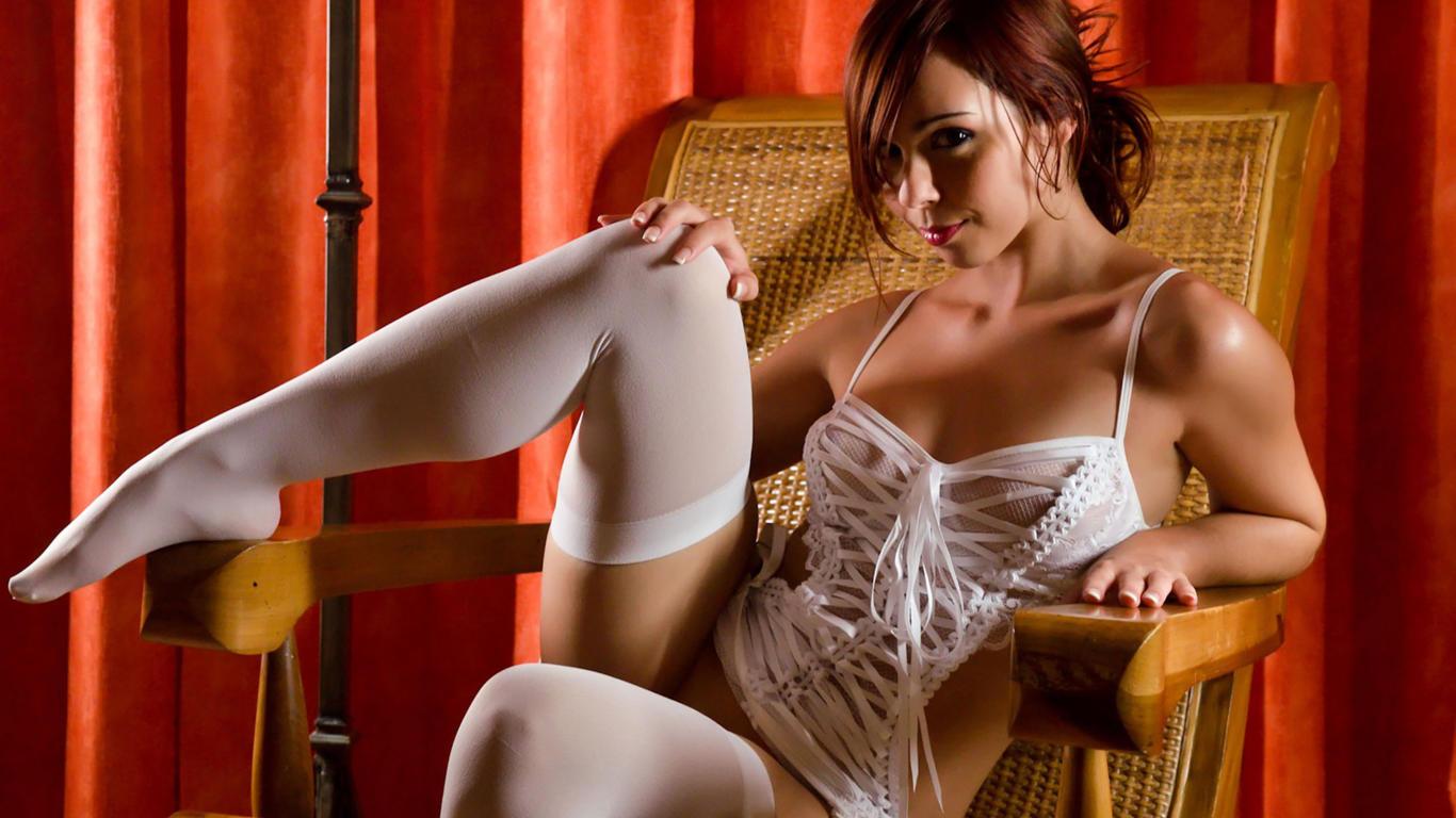 foto-zhenskih-eroticheskih-oboev