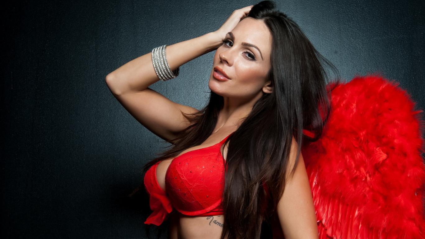 Brunette stunner with long hair Kirsten Price arranges a stripping show № 1021247 без смс