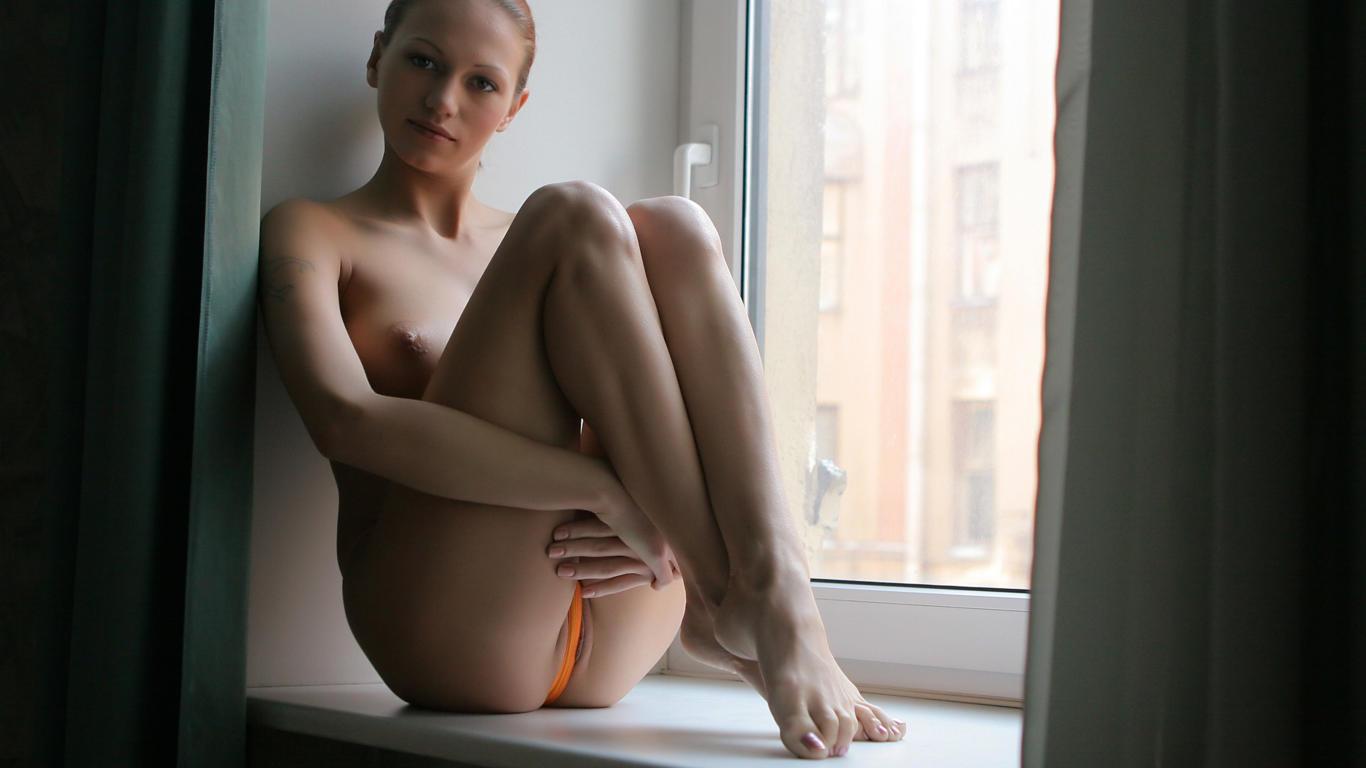 julia, sexy girl, adult model, panties, window, sexy body, russian ...: ftop.ru/156244/1366_768