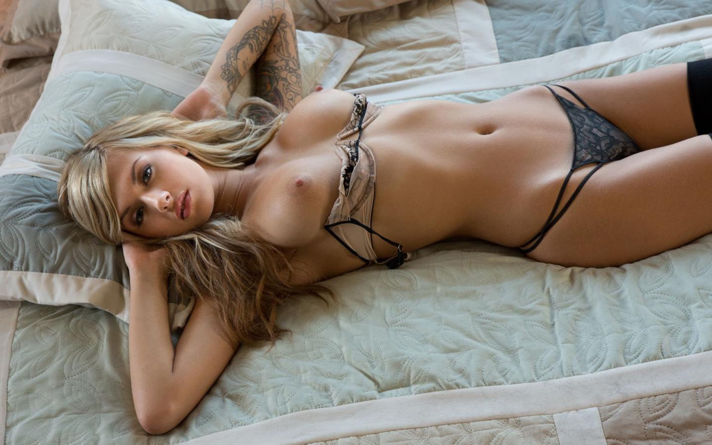 Download photo 1440x900, emma mae, blonde, sexy, beauty ...