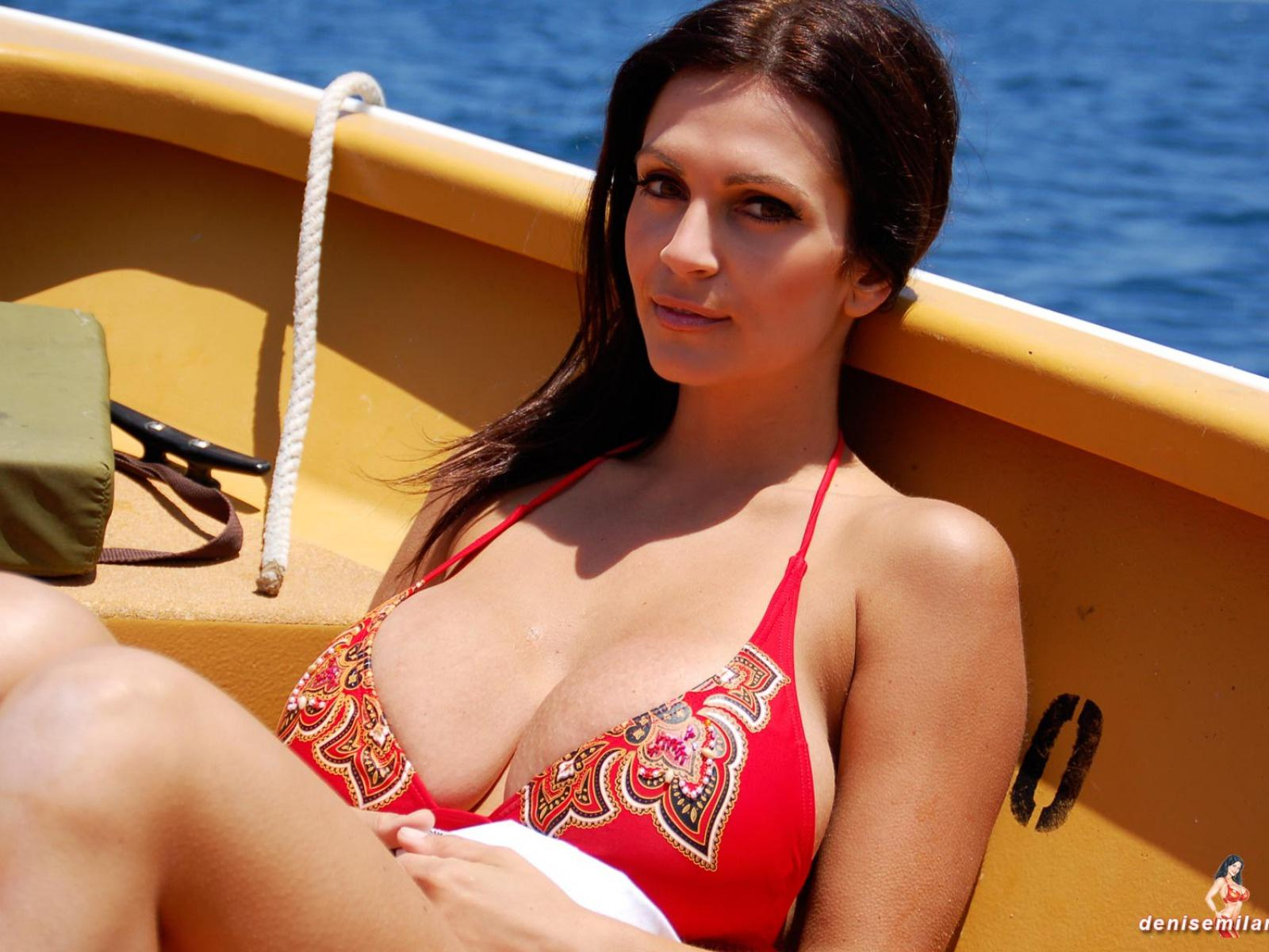 Download photo 1600x1200, denise milani, boat, water, babe ...