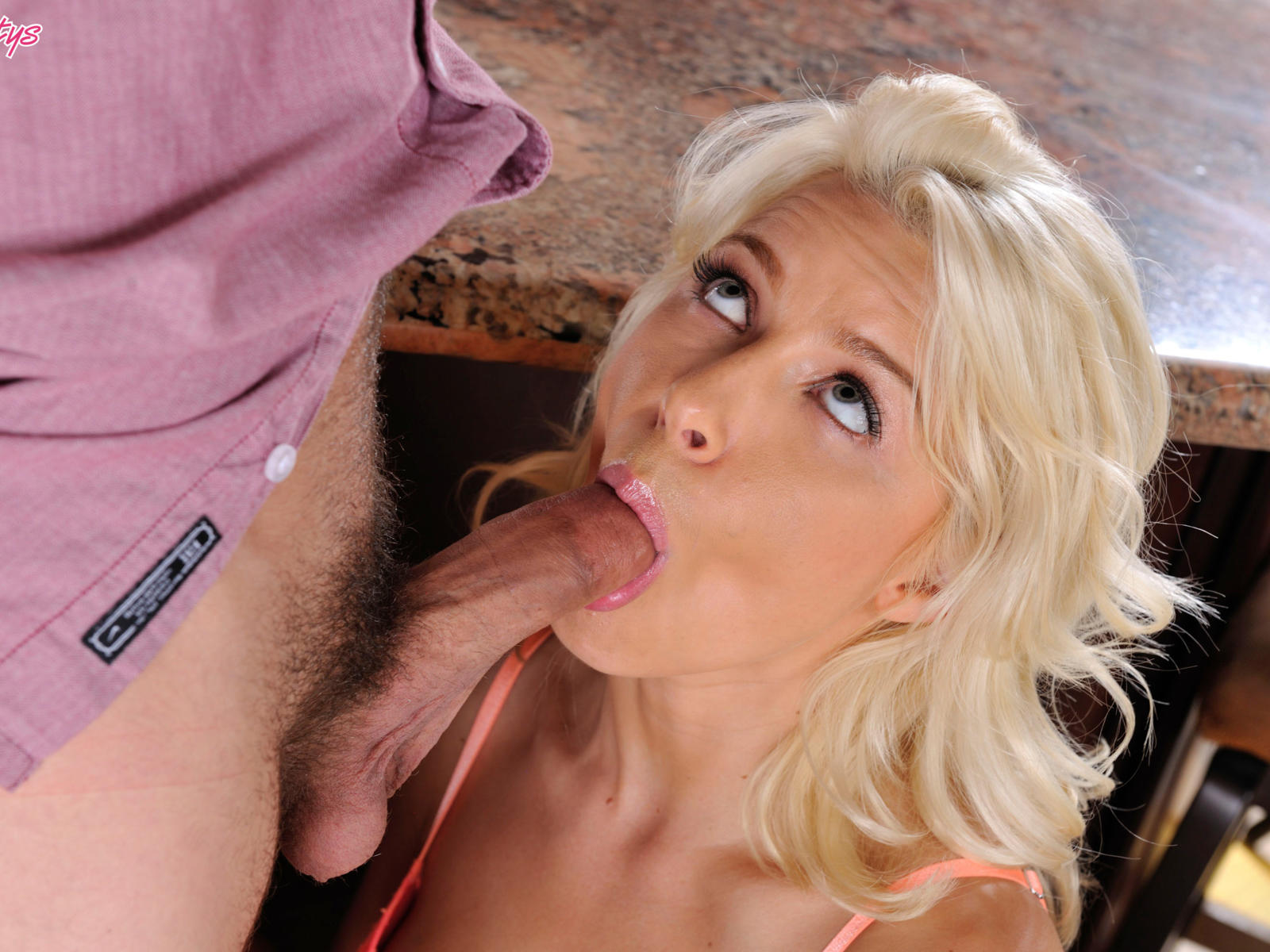 Anikka albrite suck and fuck outdoors