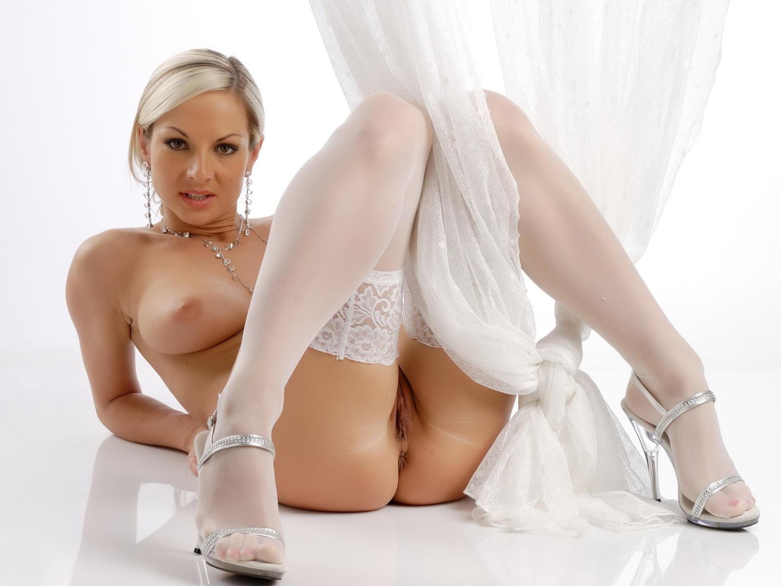 my girlfriend in panties nude