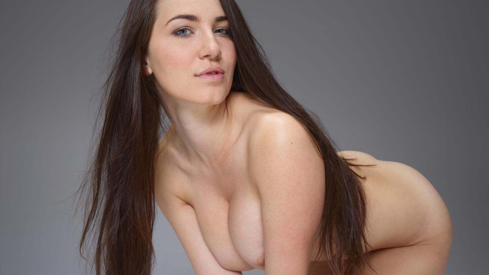 A brunette with natural big tits 6