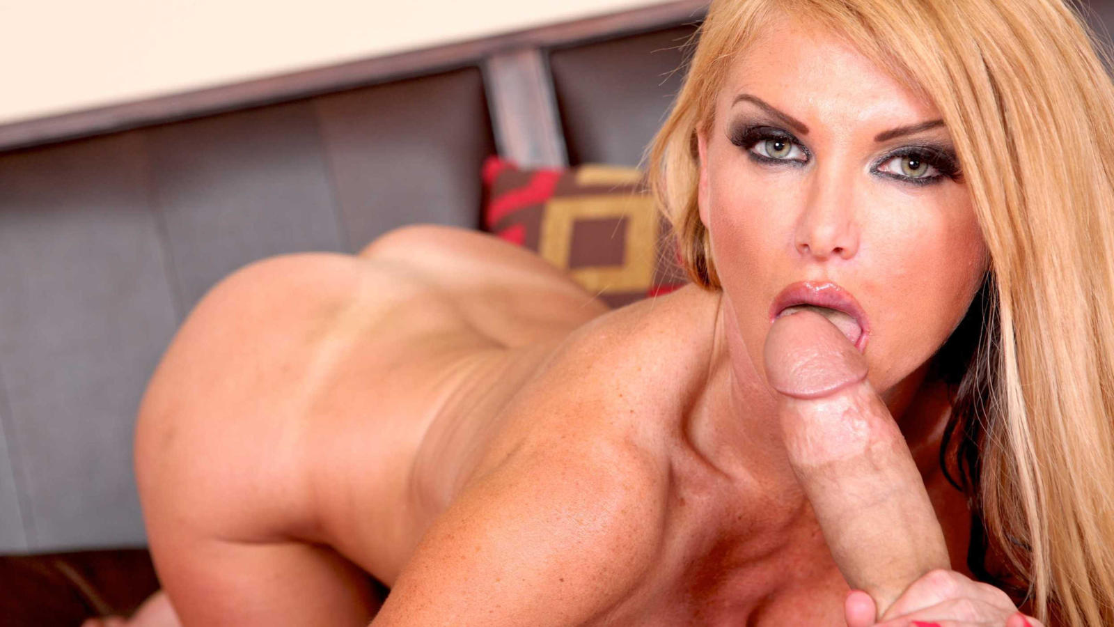 Understood not dick hot sucks blonde milf not