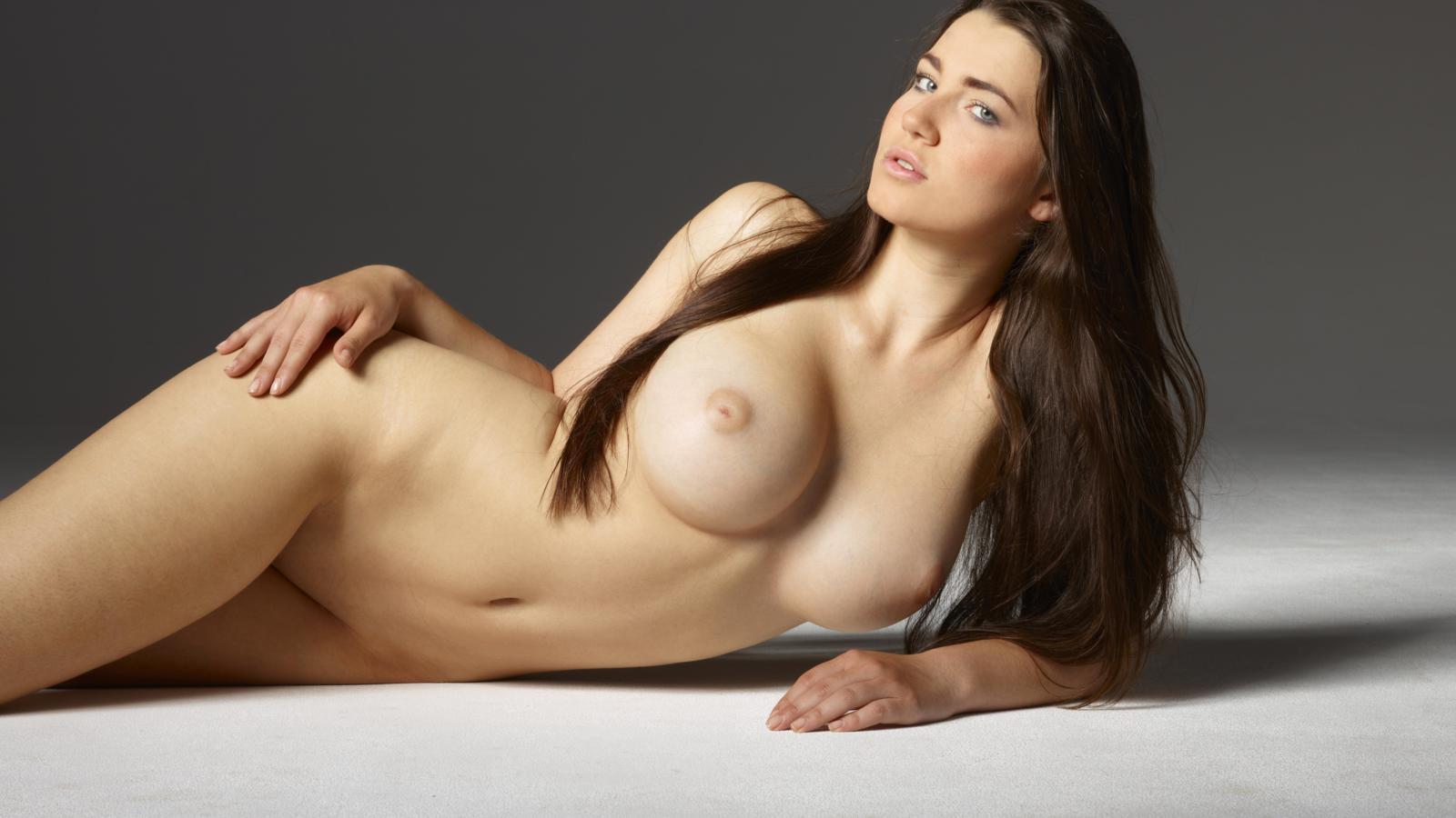 chubby backass naked girls