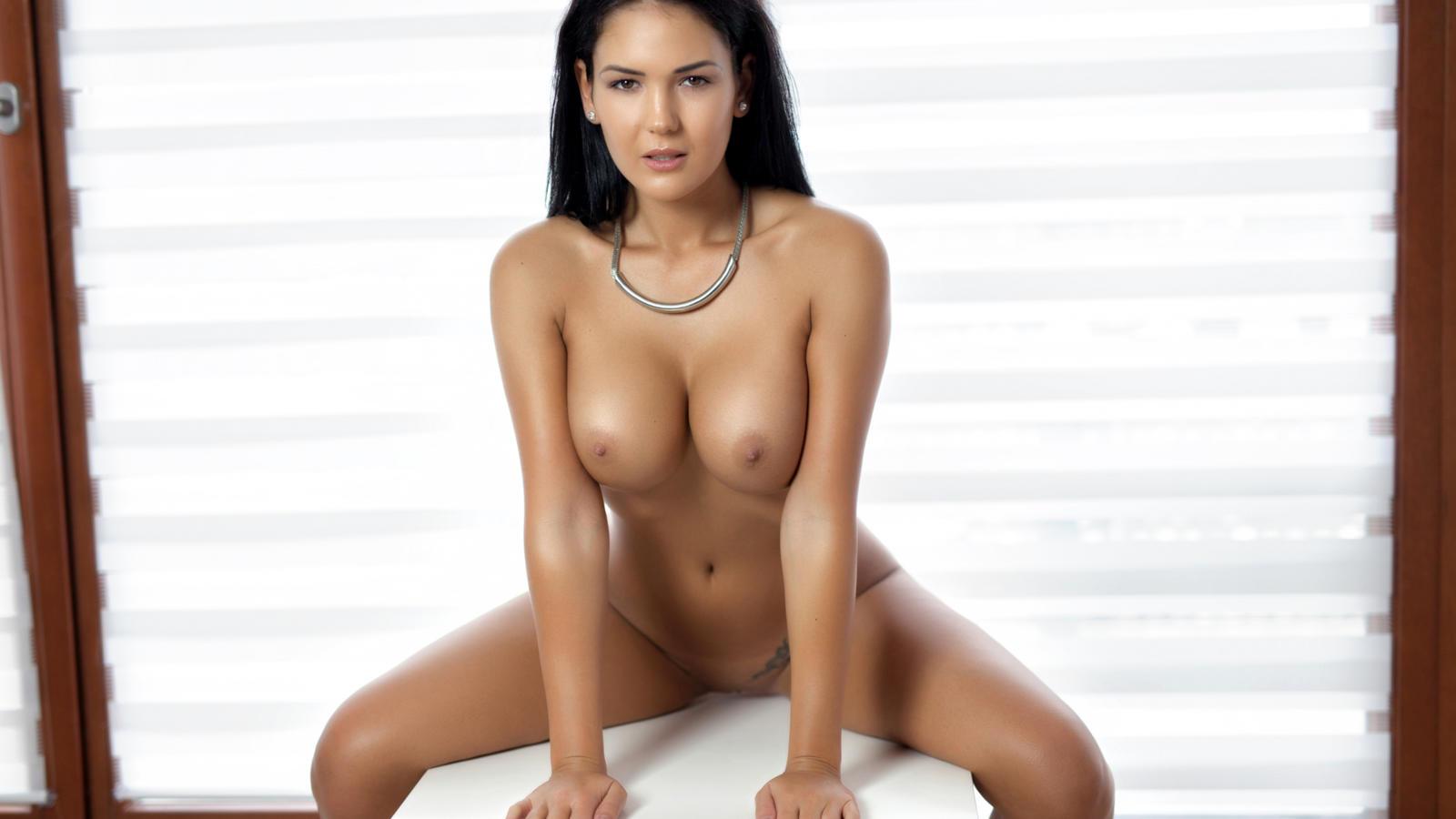 hot african naked women
