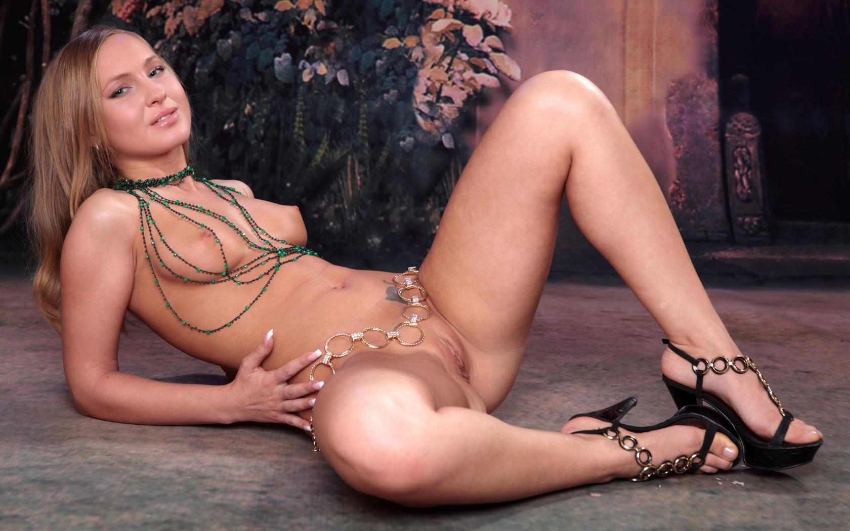 kristine reyes laked boobs photo