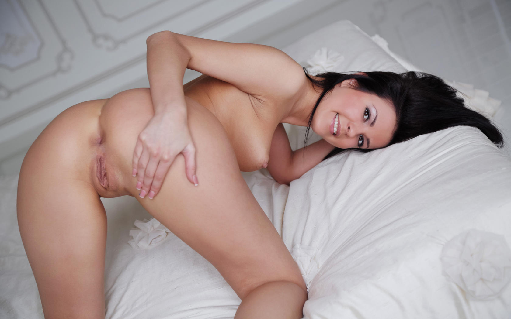 Natural tits shaved pussy rough sex 5